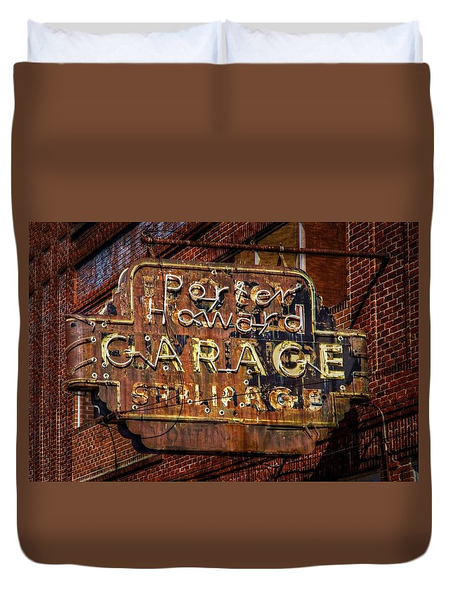 Rusty Sign Duvet Cover featuring the photograph Trust In Rust by Linda Unger