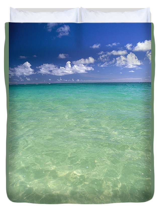 Afternoon Duvet Cover featuring the photograph Turquoise Ocean by Carl Shaneff - Printscapes