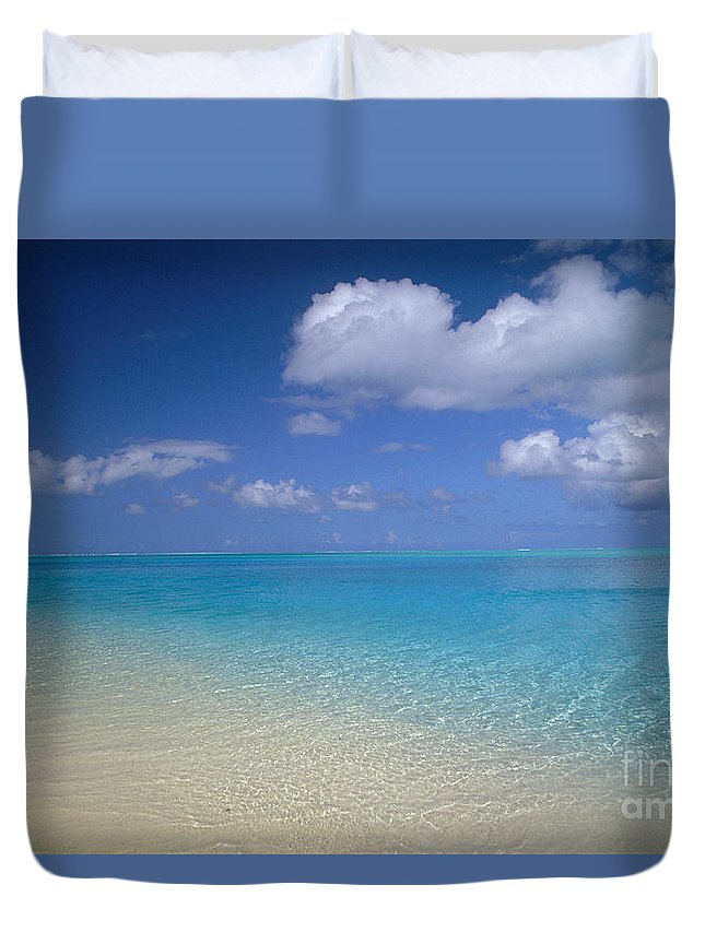 Afternoon Duvet Cover featuring the photograph Turquoise Shoreline by Ron Dahlquist - Printscapes