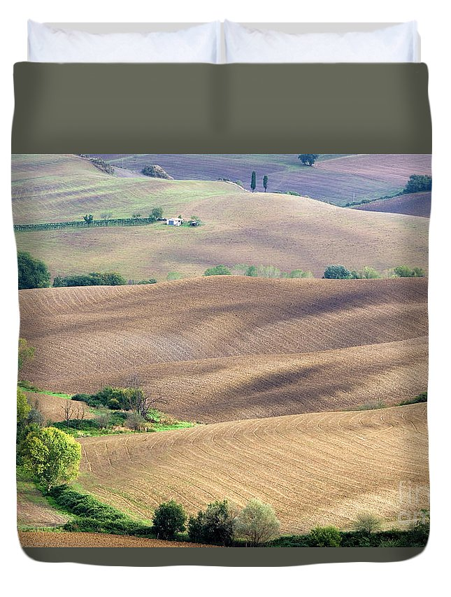 Italy Duvet Cover featuring the photograph Tuscan Landscape With Plowed Fields by Damian Davies