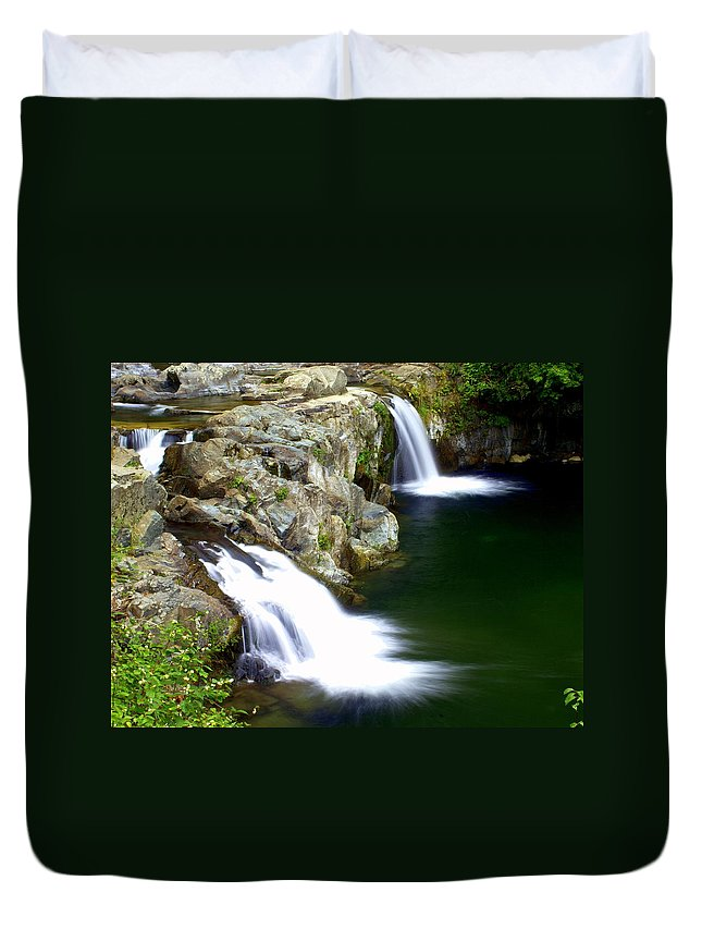 Waterfalls Duvet Cover featuring the photograph Twin Falls 3 by Marty Koch
