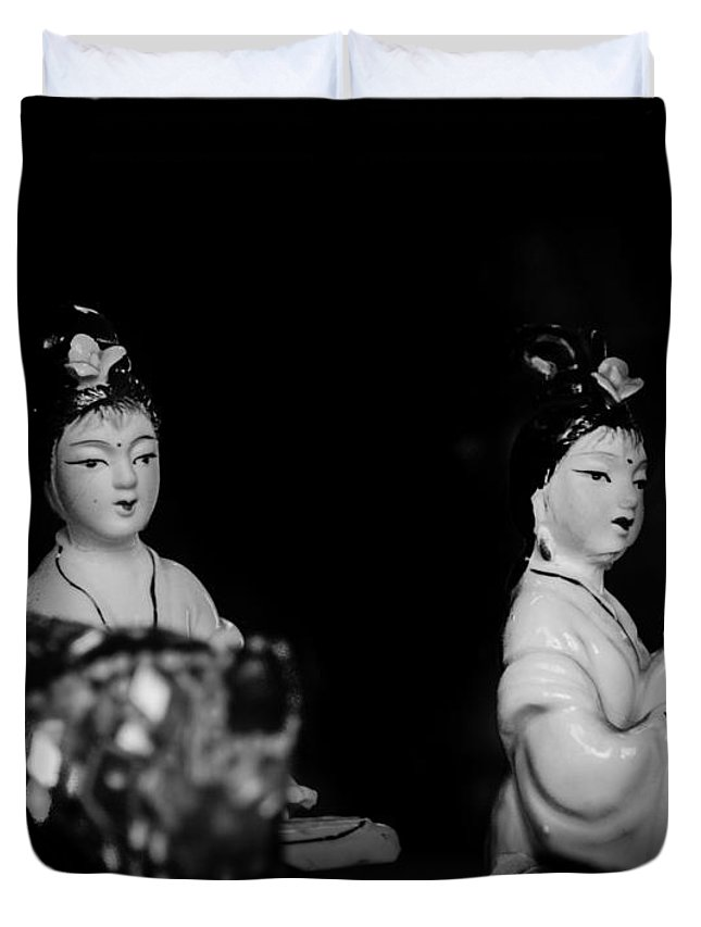 Sisters Duvet Cover featuring the photograph Twin Sisters by Alberto Mirabal