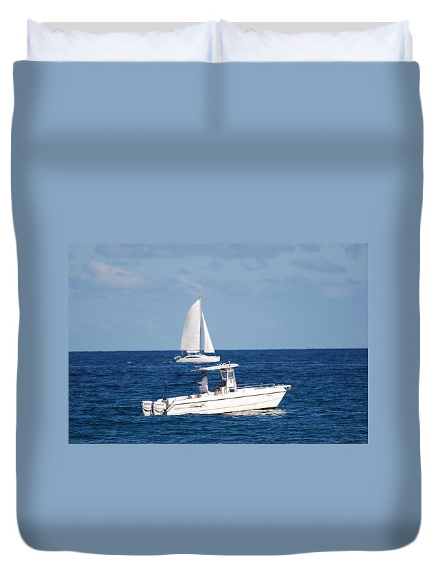 Sea Scape Duvet Cover featuring the photograph Two Ships That Pass Thru The Day by Rob Hans
