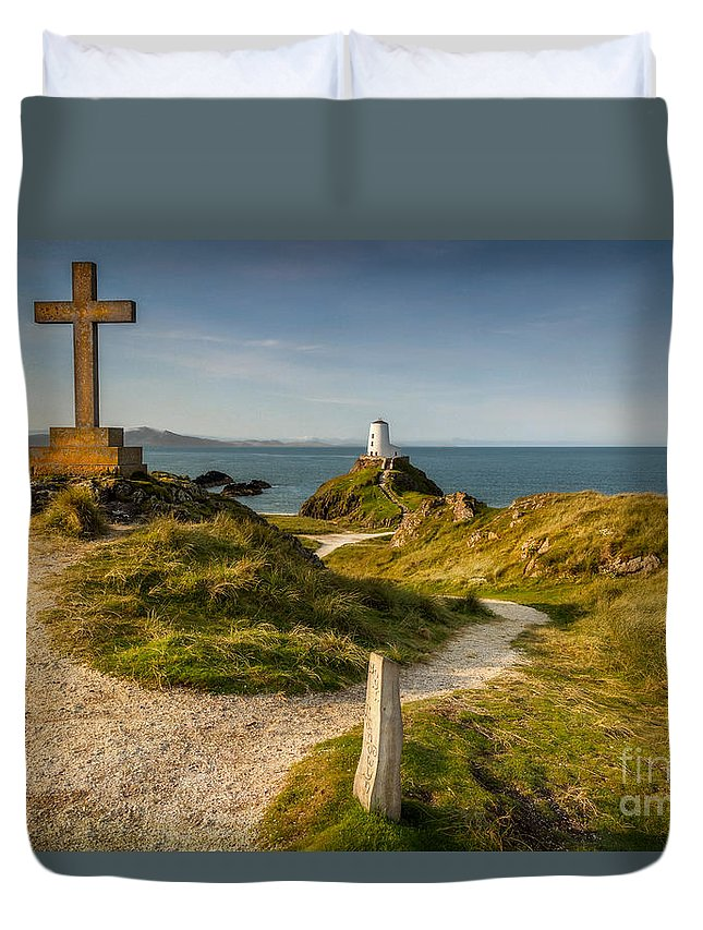 Lighthouse Duvet Cover featuring the photograph Twr Mawr Lighthouse by Adrian Evans