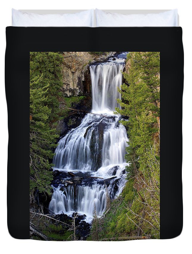 Udine Falls Duvet Cover featuring the photograph Udine Falls by Marty Koch