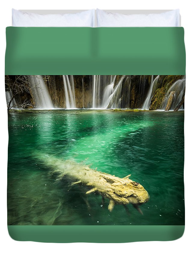 Plitvice Duvet Cover featuring the photograph Ultimate Piece Of Mind by Peter Mojzes