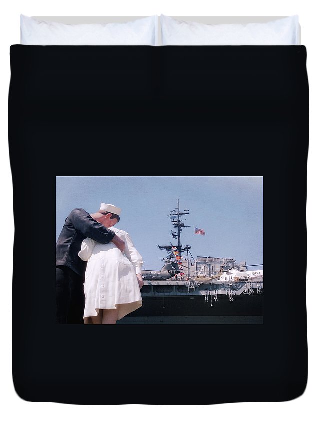 San Diego Duvet Cover featuring the photograph Unconditional Love by JAMART Photography