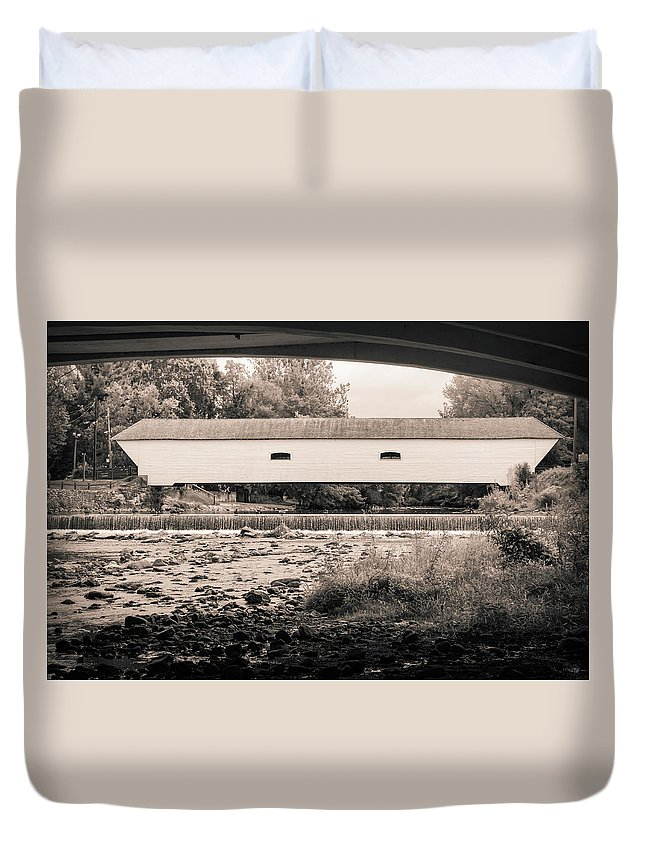 Landscape Duvet Cover featuring the photograph Under The Bridge by Jim Love