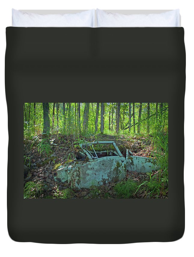 Car Duvet Cover featuring the photograph Under The Trail by Cathy Mahnke