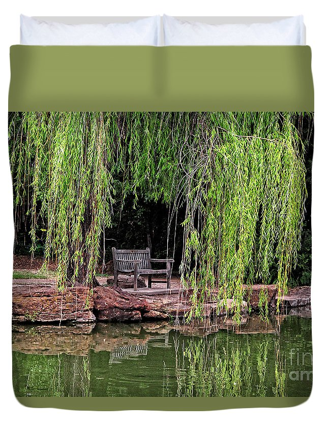 Landscapes Duvet Cover featuring the photograph Under The Willows 7749 by Earl Johnson