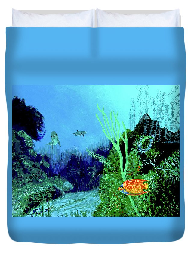 Wildlife Duvet Cover featuring the painting Underwater by Stan Hamilton