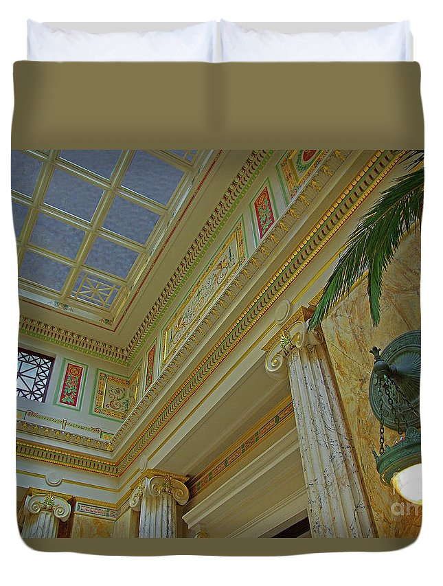 Washington Dc Duvet Cover featuring the photograph Union Station Cornice And Columns by Rich Walter
