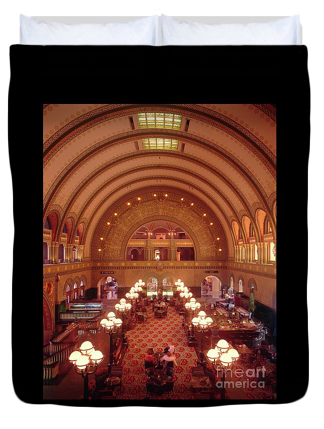 Union Station St. Louis Duvet Cover featuring the photograph Union Station - St. Louis by Gary Gingrich Galleries