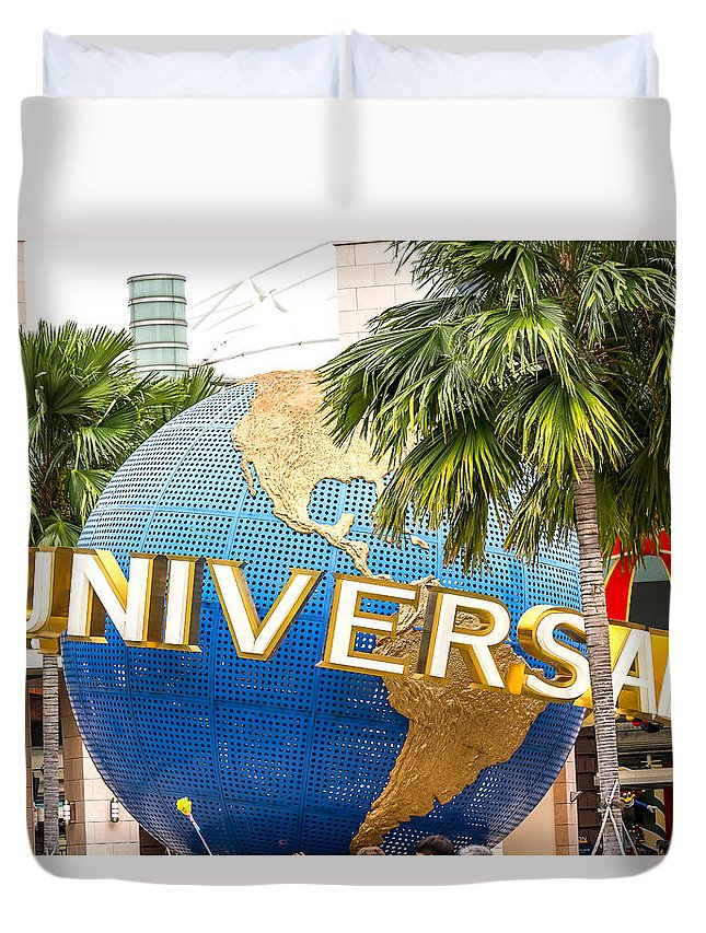 Adult Duvet Cover featuring the photograph Universal Studio Globe by Jijo George