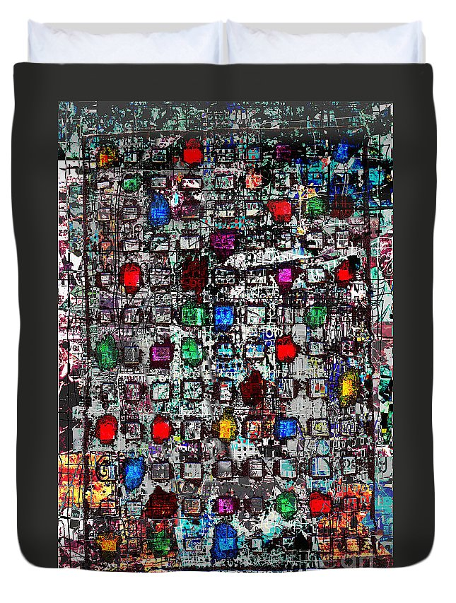 Urban Abstract City Skyscraper  Duvet Cover featuring the digital art Urb 4 by Andy Mercer