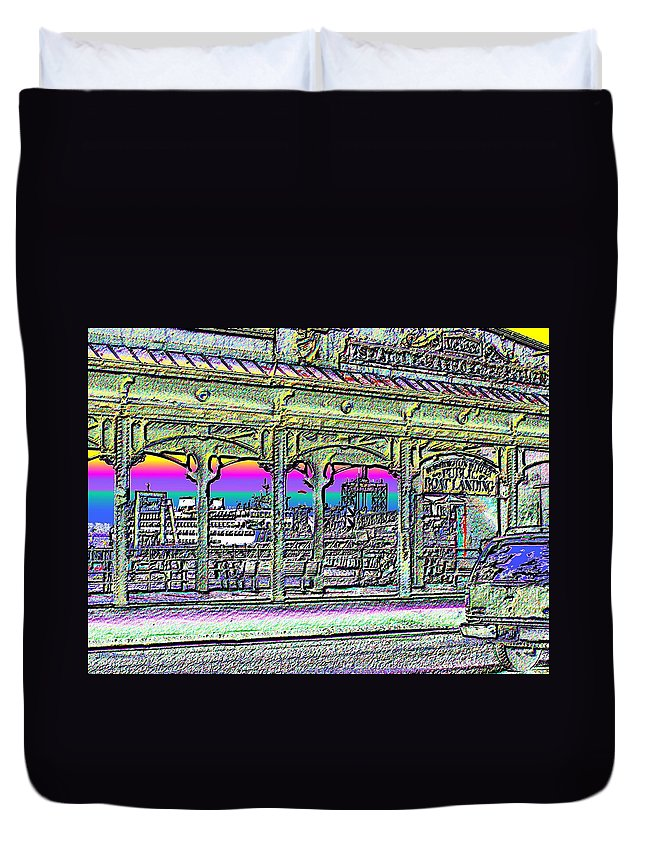 Seattle Duvet Cover featuring the photograph Urban Boat Landing by Tim Allen
