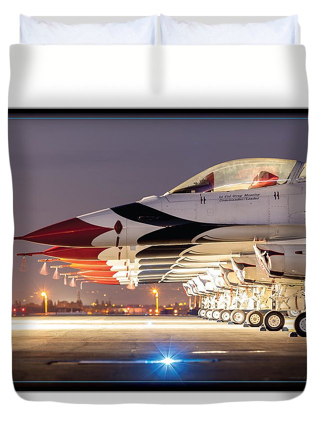 Aircraft Duvet Cover featuring the photograph Usaf Thunderbirds by Mark Loper