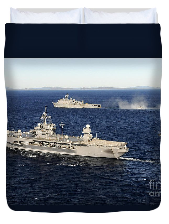 Uss Blue Ridge Duvet Cover featuring the photograph Uss Blue Ridge Conducts Flight by Stocktrek Images