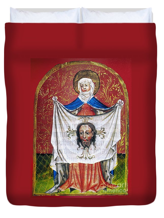 15th Century Duvet Cover featuring the photograph Veronicas Veil by Granger