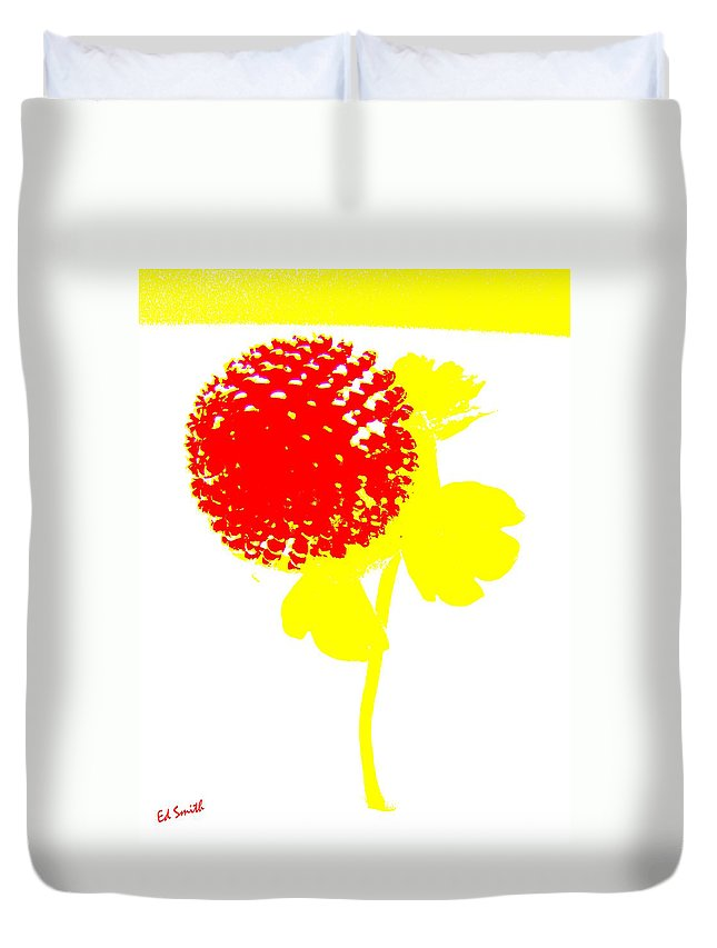 Very Berry Duvet Cover featuring the photograph Very Berry by Ed Smith