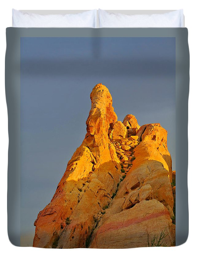 Nevada Duvet Cover featuring the photograph Vibrant Valley Of Fire by Christine Till