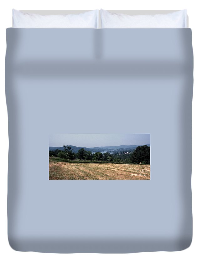 Lake Waramaug Duvet Cover featuring the photograph View Of Lake Waramaug by Richard Rizzo