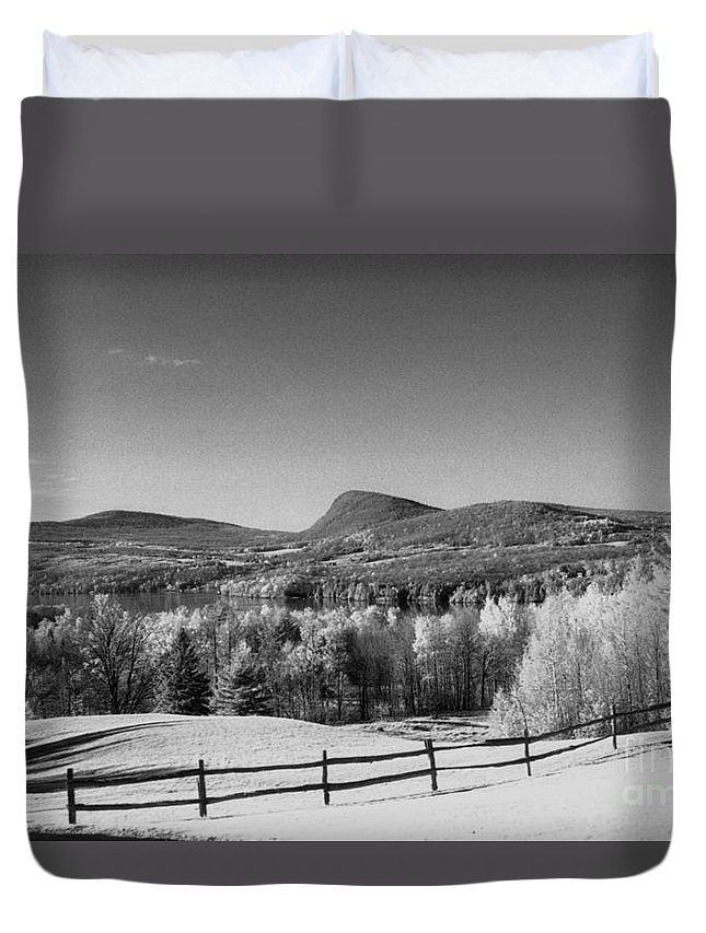Landscape Duvet Cover featuring the photograph View Of Lake Willoughby by Richard Rizzo