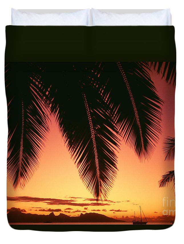 Beautiful Duvet Cover featuring the photograph View Of Tahiti by Dana Edmunds - Printscapes