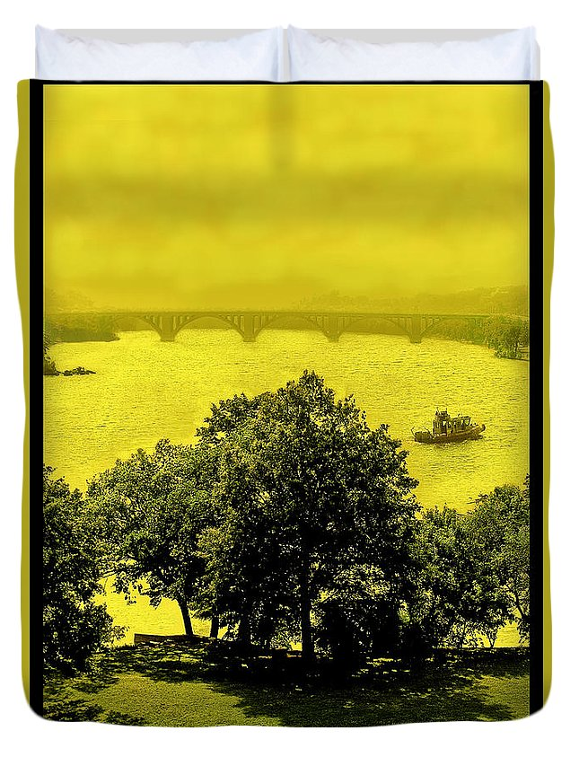 Potomac Duvet Cover featuring the photograph View Of The Potomac by Madeline Ellis