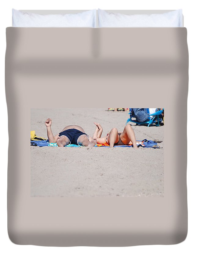 People Duvet Cover featuring the photograph Views At The Beach by Rob Hans