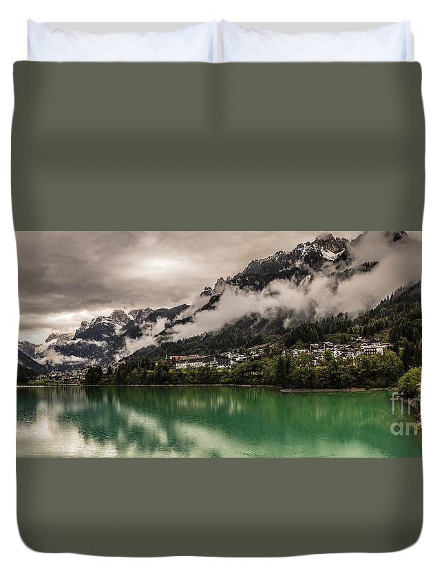 Mountains Duvet Cover featuring the photograph Village By The Lake by Howard Ferrier