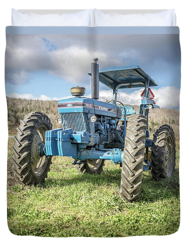 Ford Duvet Cover featuring the photograph Vintage Ford 7610 Farm Tractor by Edward Fielding