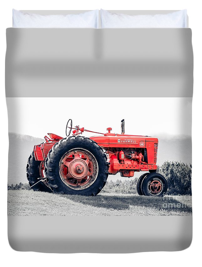 Farm Duvet Cover featuring the photograph Vintage Mccormick Farmall Tractor by Edward Fielding