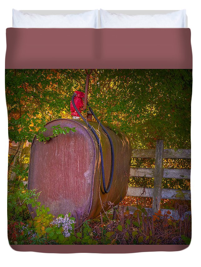 Tokheim Duvet Cover featuring the photograph Vintage Tokheim Tank And Pump by Susan Candelario