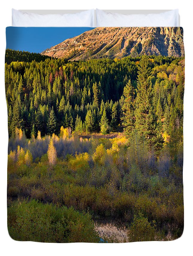 Wyoming Duvet Cover featuring the photograph Virginia Peak by Leland D Howard