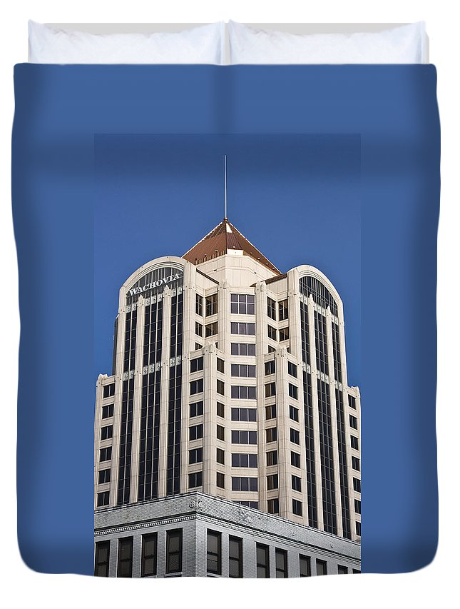 Roanoke Duvet Cover featuring the photograph Wachovia Tower Roanoke Virginia by Teresa Mucha