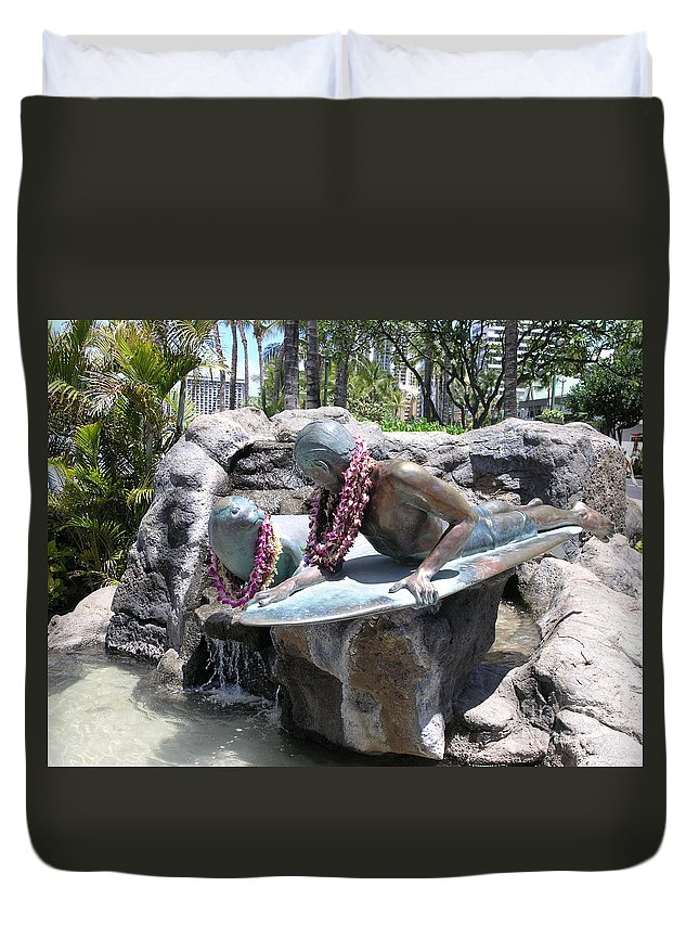 Statue Duvet Cover featuring the photograph Waikiki Statue - Surfer Boy And Seal by Mary Deal