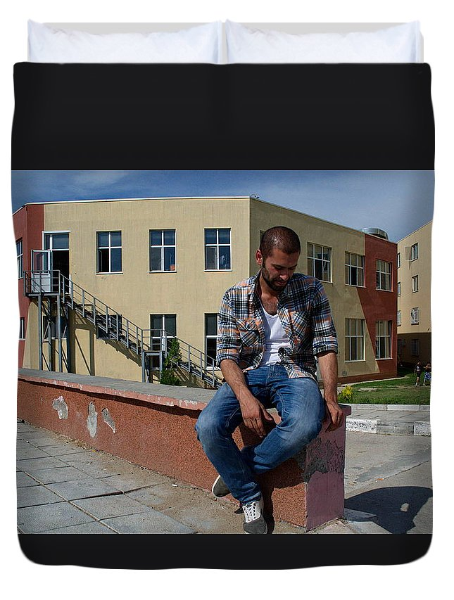 Boy Duvet Cover featuring the photograph Waiting For Home by Eline Van Nes