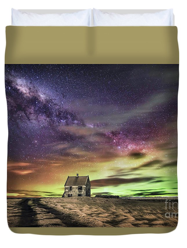 Kremsdorf Duvet Cover featuring the photograph Wake Up And Start To Dream by Evelina Kremsdorf