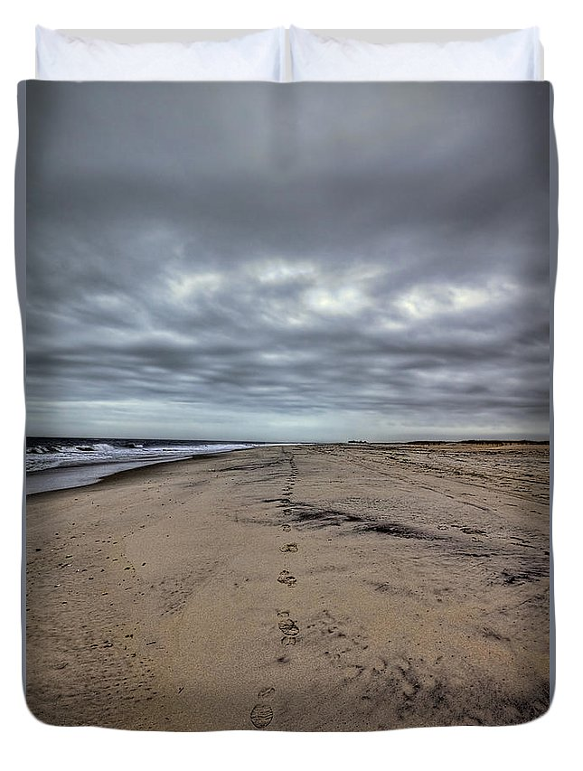 Beach Duvet Cover featuring the photograph Walk The Line by Evelina Kremsdorf