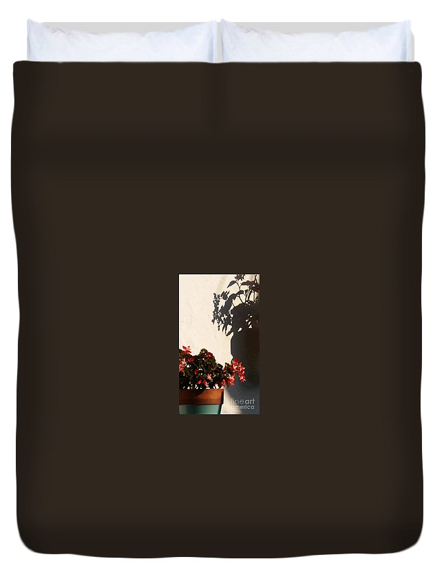 Flower Duvet Cover featuring the photograph Wallflower by Linda Shafer