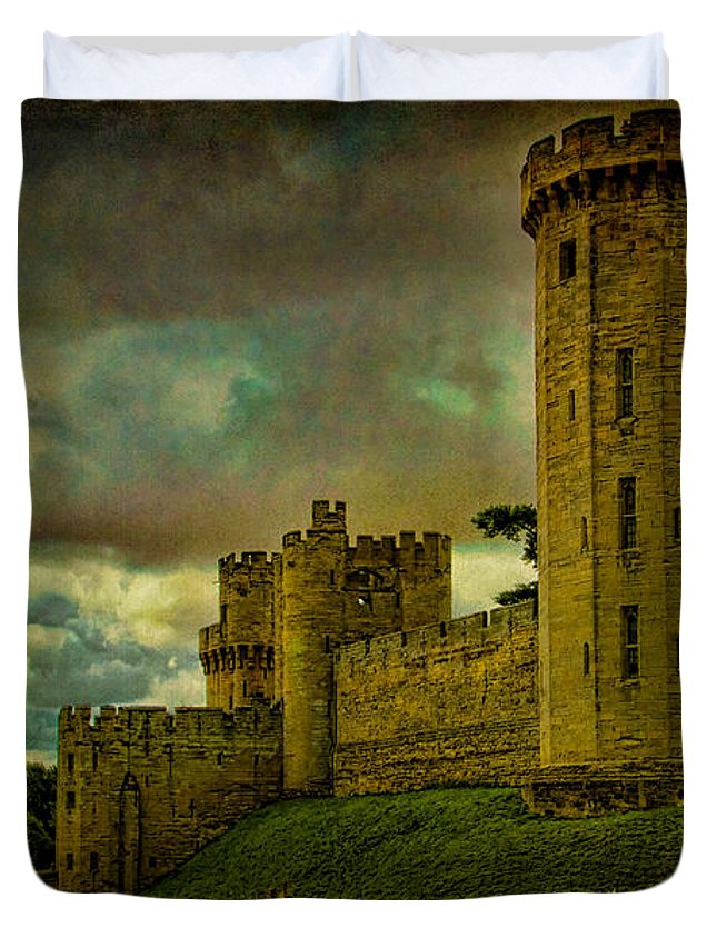 Castle Duvet Cover featuring the photograph Warwick Castle by Chris Lord