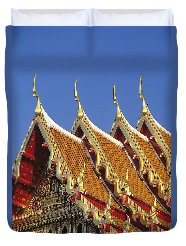 Architecture Duvet Cover featuring the photograph Wat Benjamabophit by Gloria & Richard Maschmeyer - Printscapes