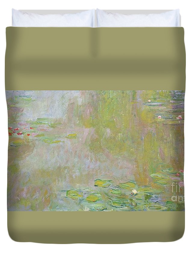 Waterlilies At Giverny Duvet Cover featuring the painting Waterlilies at Giverny by Claude Monet