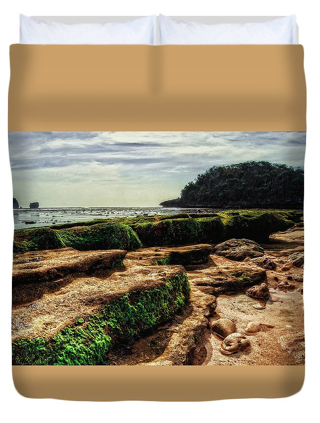 Landscape Duvet Cover featuring the photograph Watu Leter Beach by Ony Suprastio