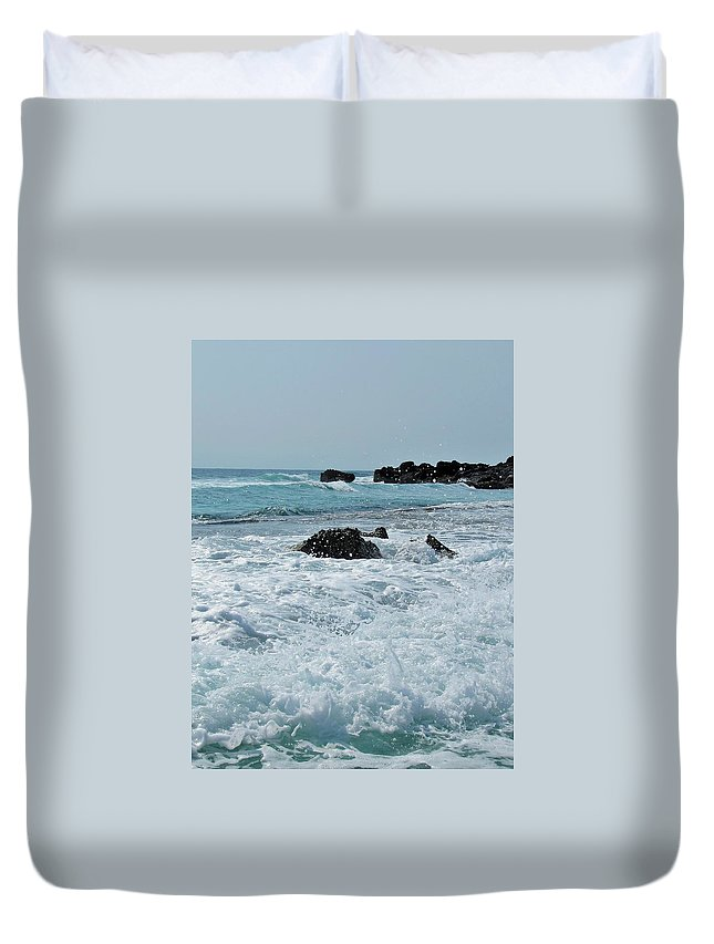 Duvet Cover featuring the photograph Wave Spray by Tammy J