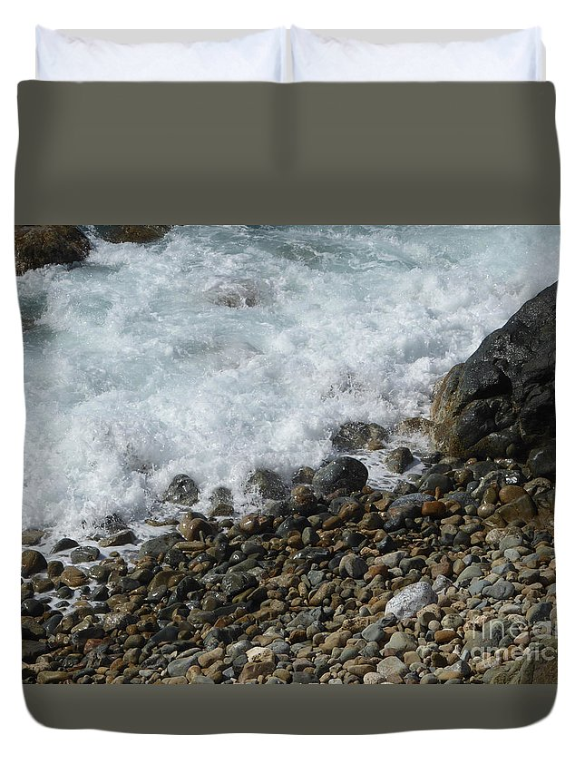 Caribbean Duvet Cover featuring the photograph Waves Meet Pebbles by Margaret Brooks