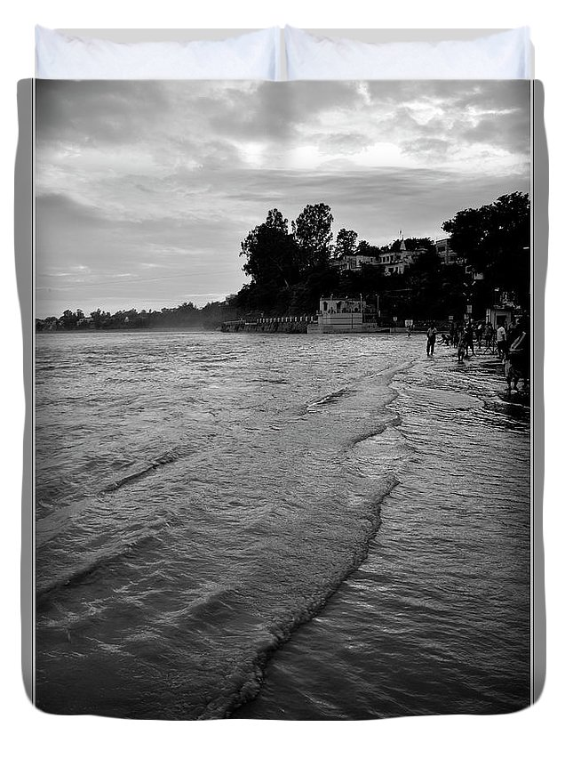 Landscape Duvet Cover featuring the photograph Waves On The Ganges by Kedar Munshi