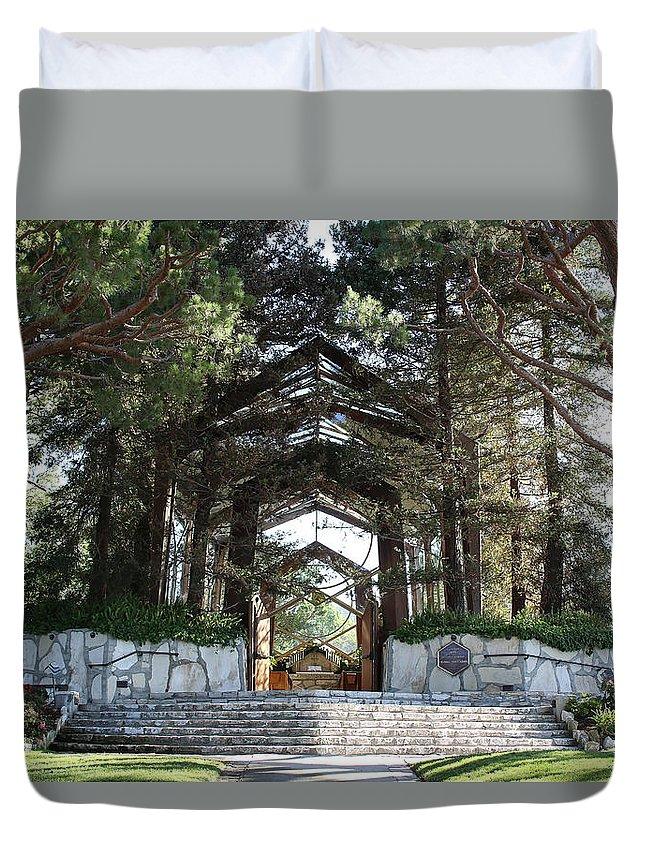 Landscape Duvet Cover featuring the photograph Wayfarers Chapel by Erick Kim