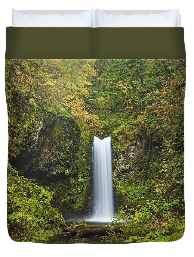 Columbia Gorge Duvet Cover featuring the photograph Weisendanger Falls by Ingrid Smith-Johnsen
